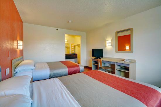 Motel 6 Hartford-Wethersfield: Guest Room