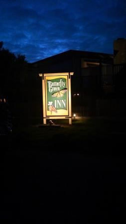 Butterfly Grove Inn sign
