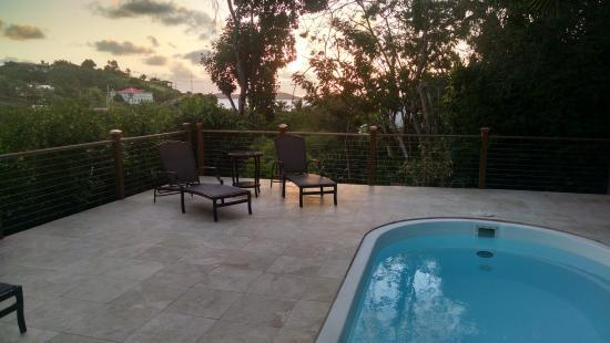 Aqua Bay Villas: Western View from the Pool Deck
