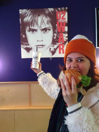 The Burger Joint : Me and him ;-P