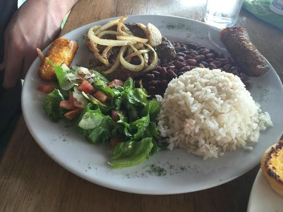 Las Delicias: Our food choices