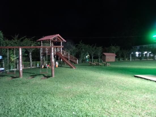 Resort Monte das Oliveiras : Áreas externas
