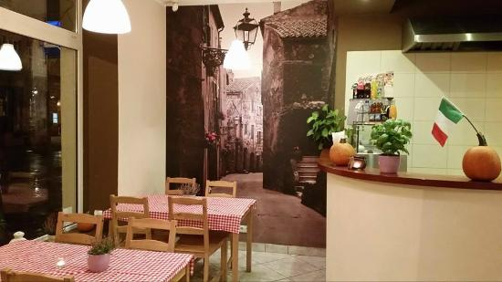 La Sicilia Pizzeria