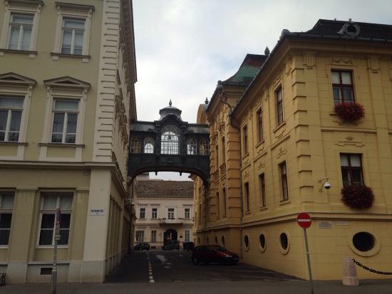 Bridge of Sighs: Мостик