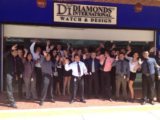 diamonds international costa maya team