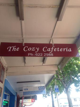 The Cozy Cafeteria