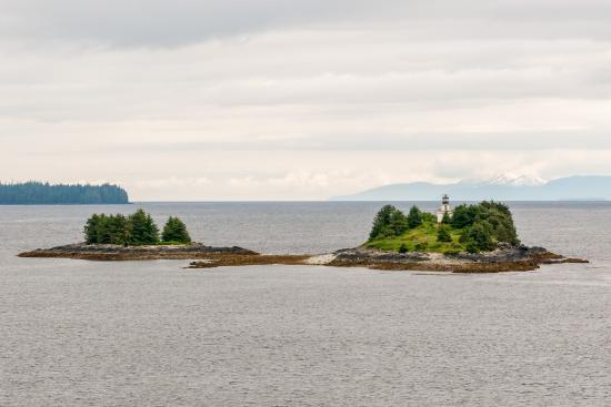 Guard Island Lighthouse: Lighthouse and Island