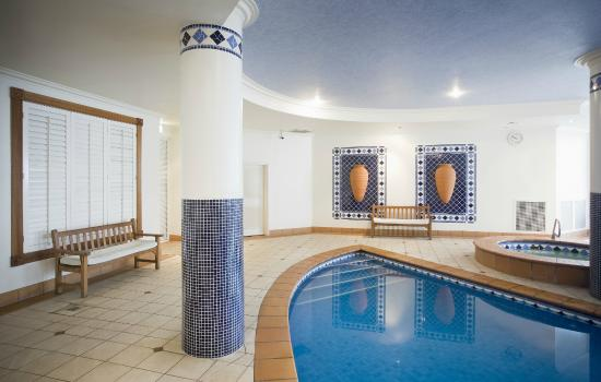 BreakFree Moroccan Resort: Indoor Pool