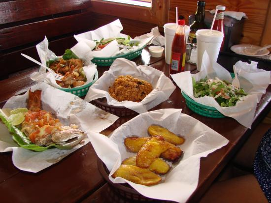 Arawak Cay: Typical dish at Twin Brothers