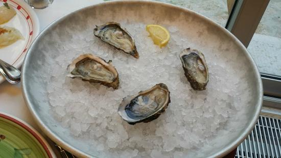 L'Oste Scuro : Fresh Oysters