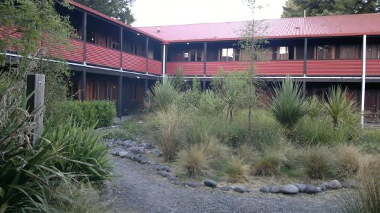 The Park Hotel Ruapehu : The courtyard area