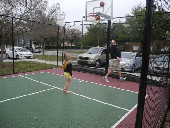 Residence Inn Jacksonville Airport: Basketball Court