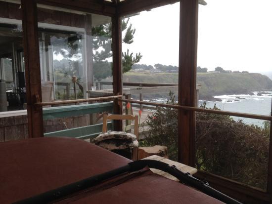 Inn at Schoolhouse Creek: From hot tub room!