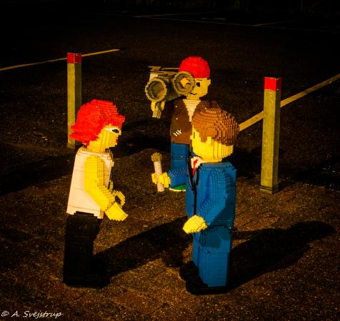 Billund, Denmark: Udenfor Legoland - by night...