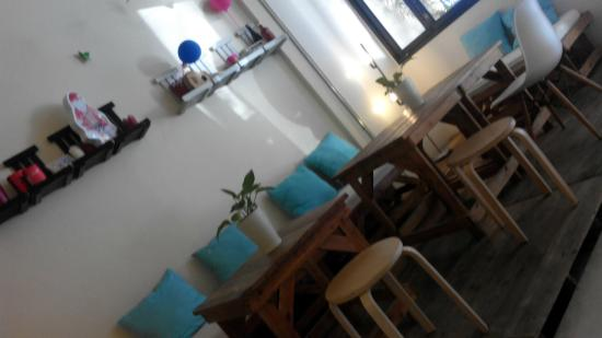 2W Cafe & Hostel : Guest corner