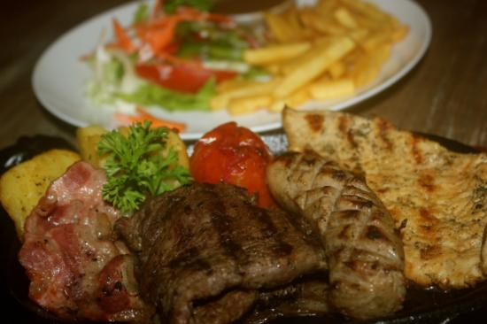 Swish Bar & Restaurant : SWISH MIXED GRILL