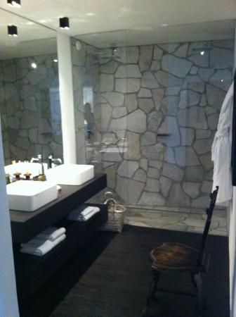 Romantik Hotel Turm : particolare bagno camera confort