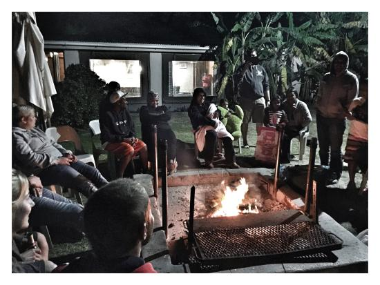 Tri Active Lodge: Relaxing around the fire