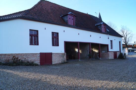 Gite et Chambres d'Hotes - Le Valmet : Dépendance où sont situées les Chambres