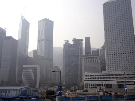 HSBC Main Building : Теряется в застройке билдингами