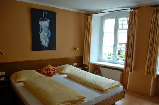 Hotel Heintz: Our lovely room