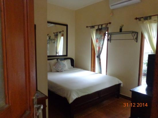 Lathysa Guest House