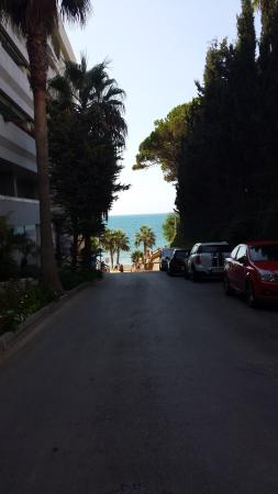 Senator Marbella Spa Hotel: 5 min walk to hotel