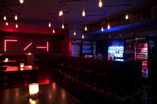 HeyHey Bar