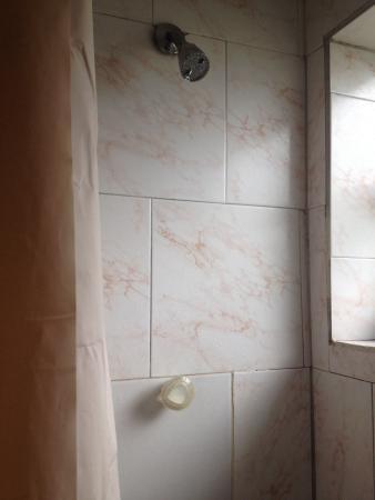 Ramona Motel: O chuveiro não esquenta