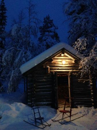 Yllashilla Cottage: Дровяной сарайчик