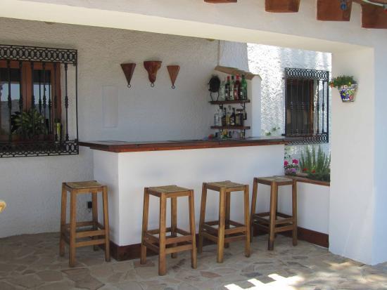 Cortijo El Ciruelo: Outside Bar