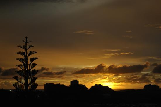 Days Inn Guam-Tamuning : sunset
