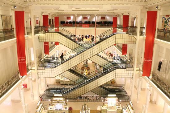 Les escaliers du bon march no l rive gauche photo de le bon march rive gauche paris - Le bon marche rive gauche ...