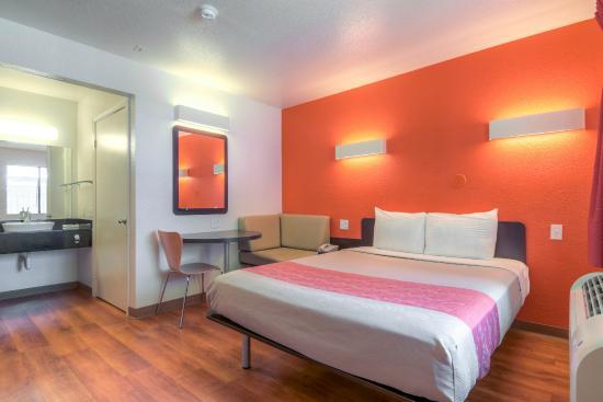 Motel 6 San Diego - Chula Vista : Guest Room
