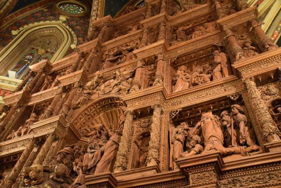 Detalle del retablo - Picture of Fundacion Amantes de Teruel, Teruel - TripAd...