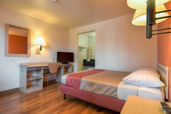 Motel 6 Escondido 56 2 Updated 2018 Prices Reviews Ca Tripadvisor
