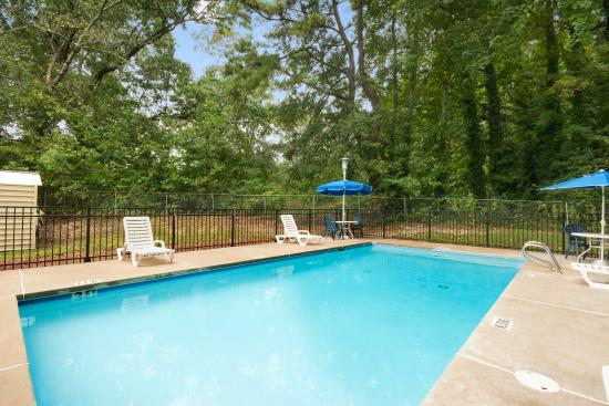 Days Inn Atlanta Stone Mountain : Pool Outdoor