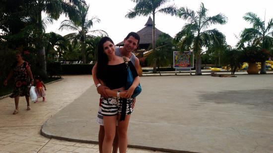 Parque de agua karina barcelona venezuela top tips - Aguas de barcelona spa ...