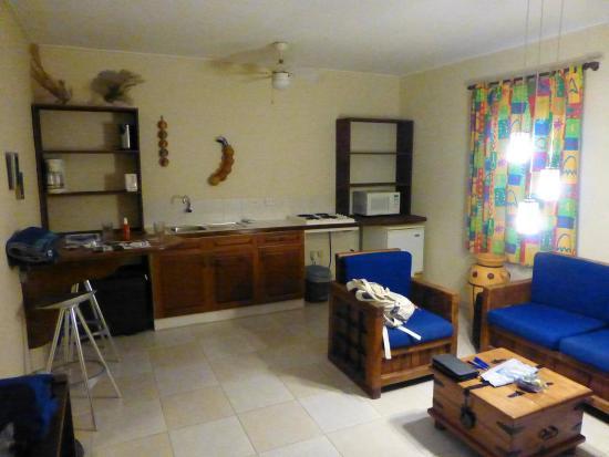 Tropical Inn Bonaire: Wohnraum