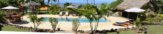 Waidroka Bay Resort: Poolside