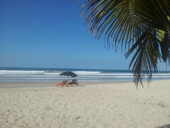 Hotel Playa Santa Teresa: Hotel Playa Carmen, Costa Rica, is a 2-minute walk to the beach!