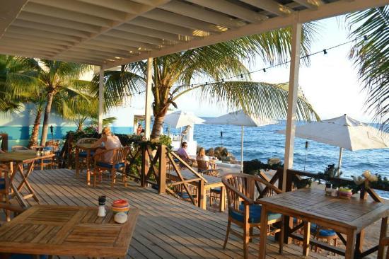 Scuba Lodge & Ocean Suites: Dining Area