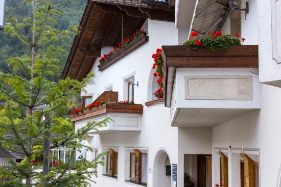 Calva Residence