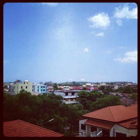 Kata Beach Studio : view from balcony