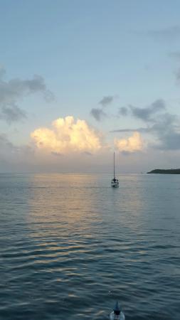Bocas Inn: Vista desde la terraza de la habitación