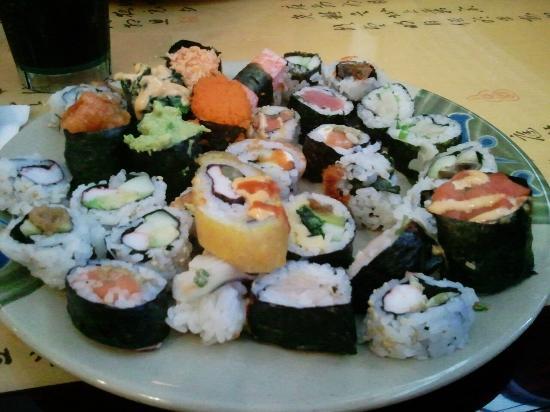 Ginza Japanese Buffet: Sushi plate