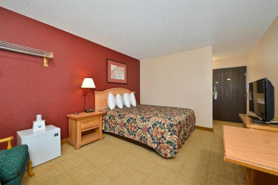 Americas Best Value Inn - Decatur : 1 King Bed
