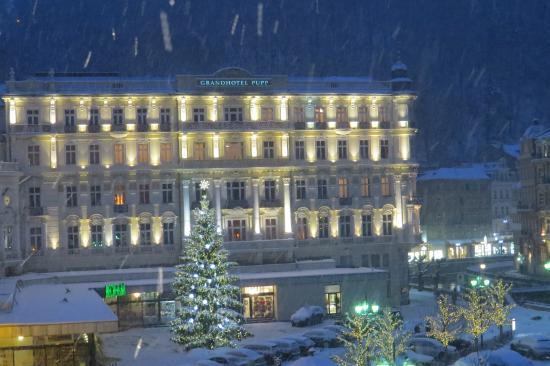 Grandhotel Pupp Snow Falling On New Year S Eve