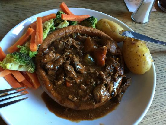 The Bankes Arms Country Inn: Hampshire Game Casserole