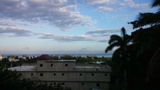 Palm View Guest House & Conference Center: waking up at 5 a.m , not the best photo but it was breathtaking first